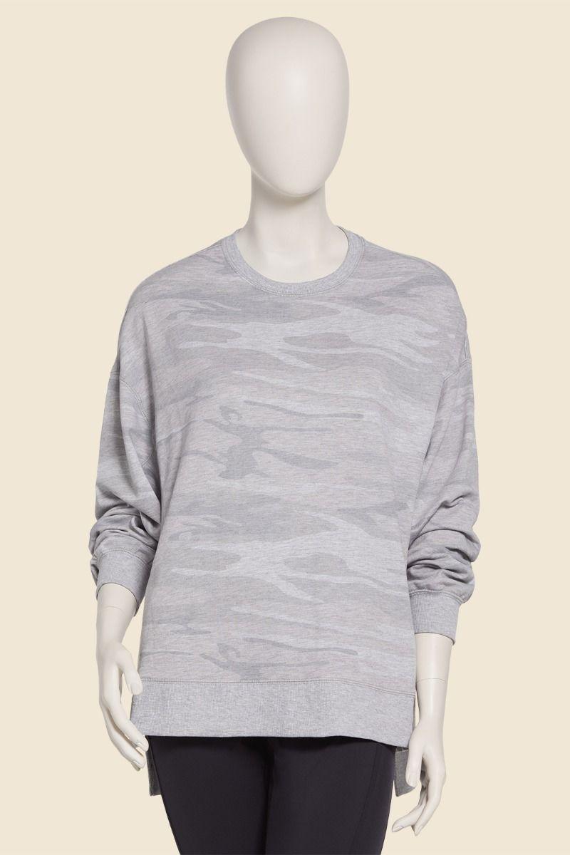 Modern Camo Weekender In 2020 Camo Fashion Branding Summer Clearance Sale