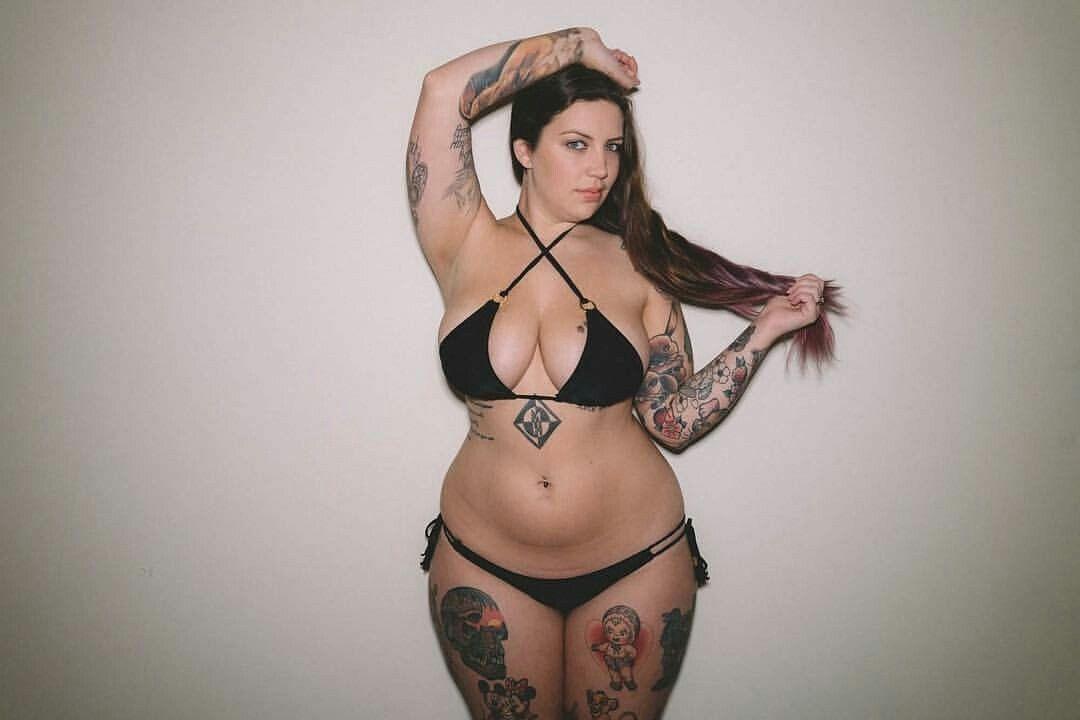 8675e9687dd Nikki Hunter Beautiful Curves