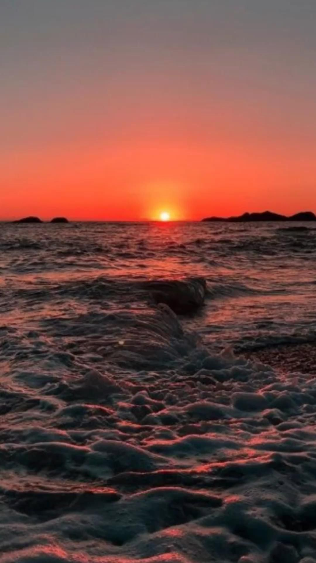 Red Sunset Mood Video Sunset Photography Ocean Sunset Photography Iphone Wallpaper Lights Aesthetic iphone live wallpaper gif