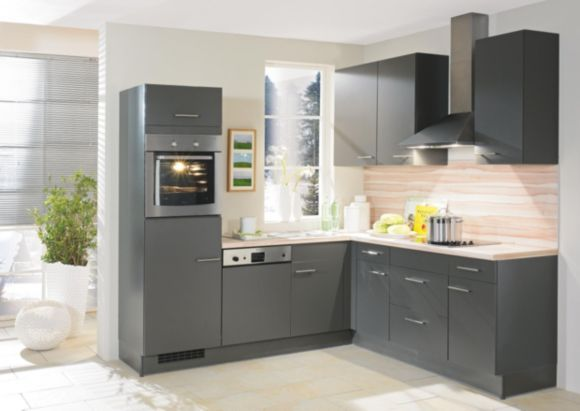 Diese Küche besticht durch FAKTA Markenqualität. Die praktische, L ...