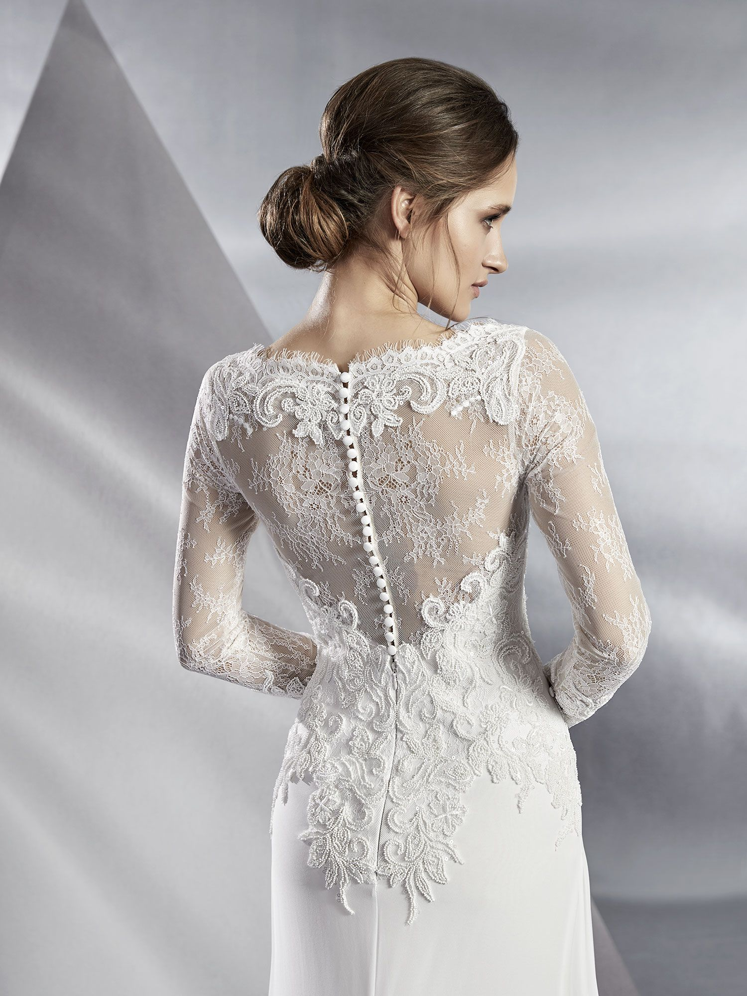 Blush Robe En 2019 Robe De Mariée Droite Robe Mariée