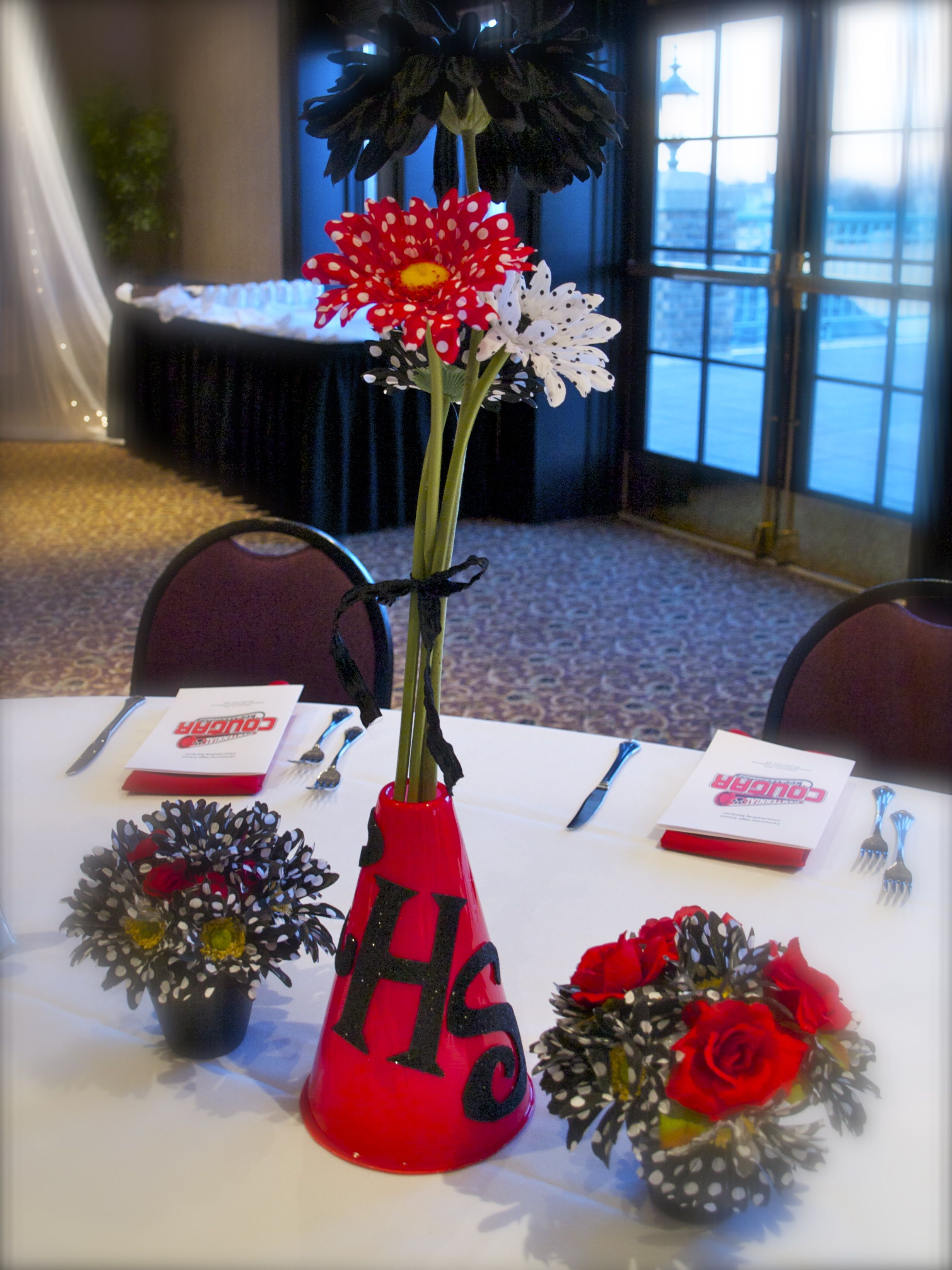Centennial cheer banquet centerpiece red black and white for Cheerleading decorations