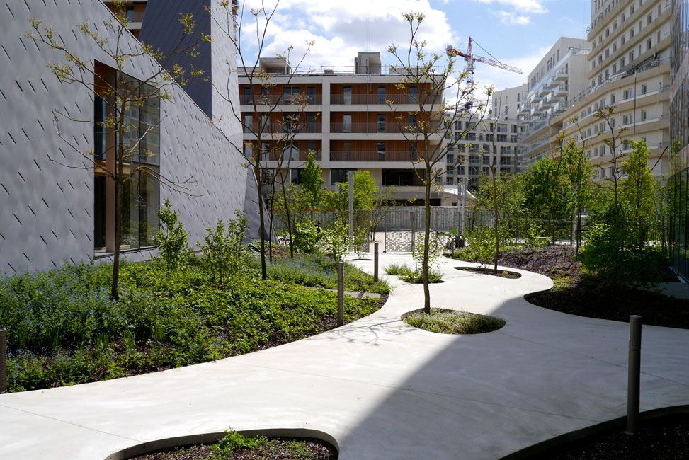 Central Garden Block B4 Tn Landscape Architects 16 400 x 300