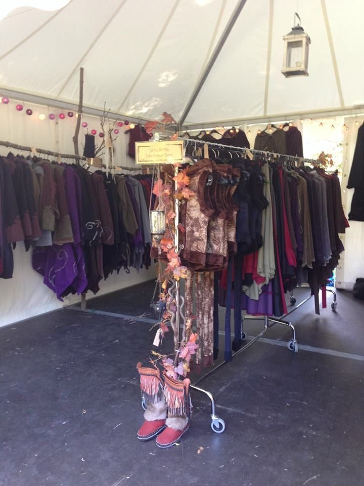 Senjo Clothing Market Stall Craft Show Craft Fair Market Bazaar Creative Booths Market Stalls Vintage Shops