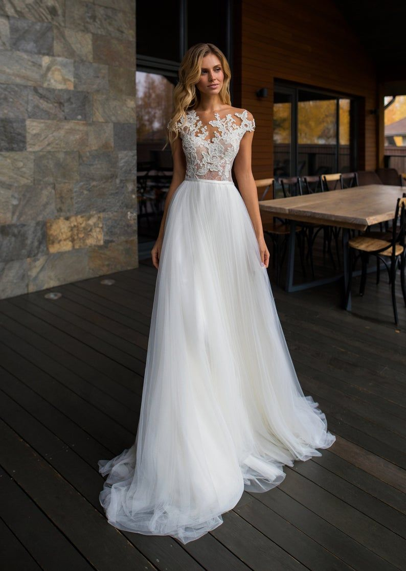 Transparent open back sexy embroidered lace weddin