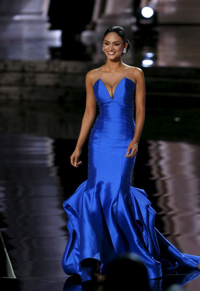 Miss Philippines Pia Alonzo Wurtzbach competes in the evening gown ...