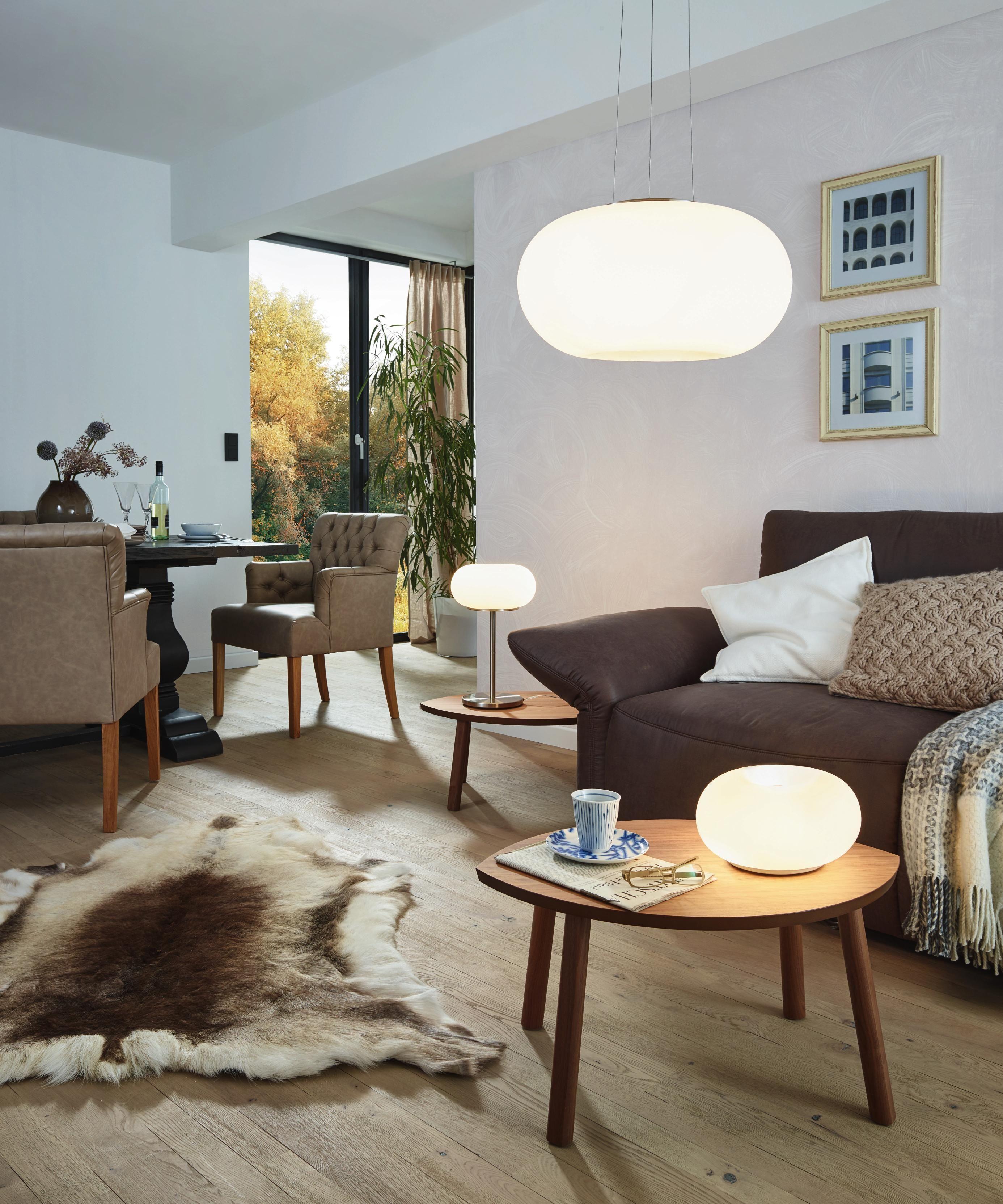 weiße pendelleuchte: ein hingucker, nicht nur im wohnzimmer, Wohnzimmer