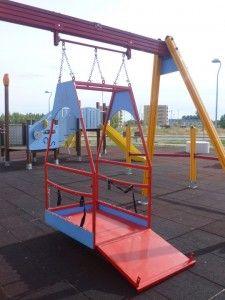 Foto 2 Columpios Y Juegos Infantiles Adaptados Para Ninos Con