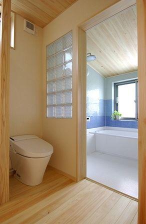 まとめ ナレッジライフの家 サニタリー 新潟で注文住宅 ナレッジライフの写真集 浴室 タイル 家 タオル 収納 洗面所