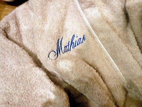 Broderie avec le prénom MATHIAS (1)