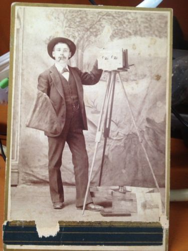 Stereoview-Photographer-Self-Portrait-Cabinet-Card