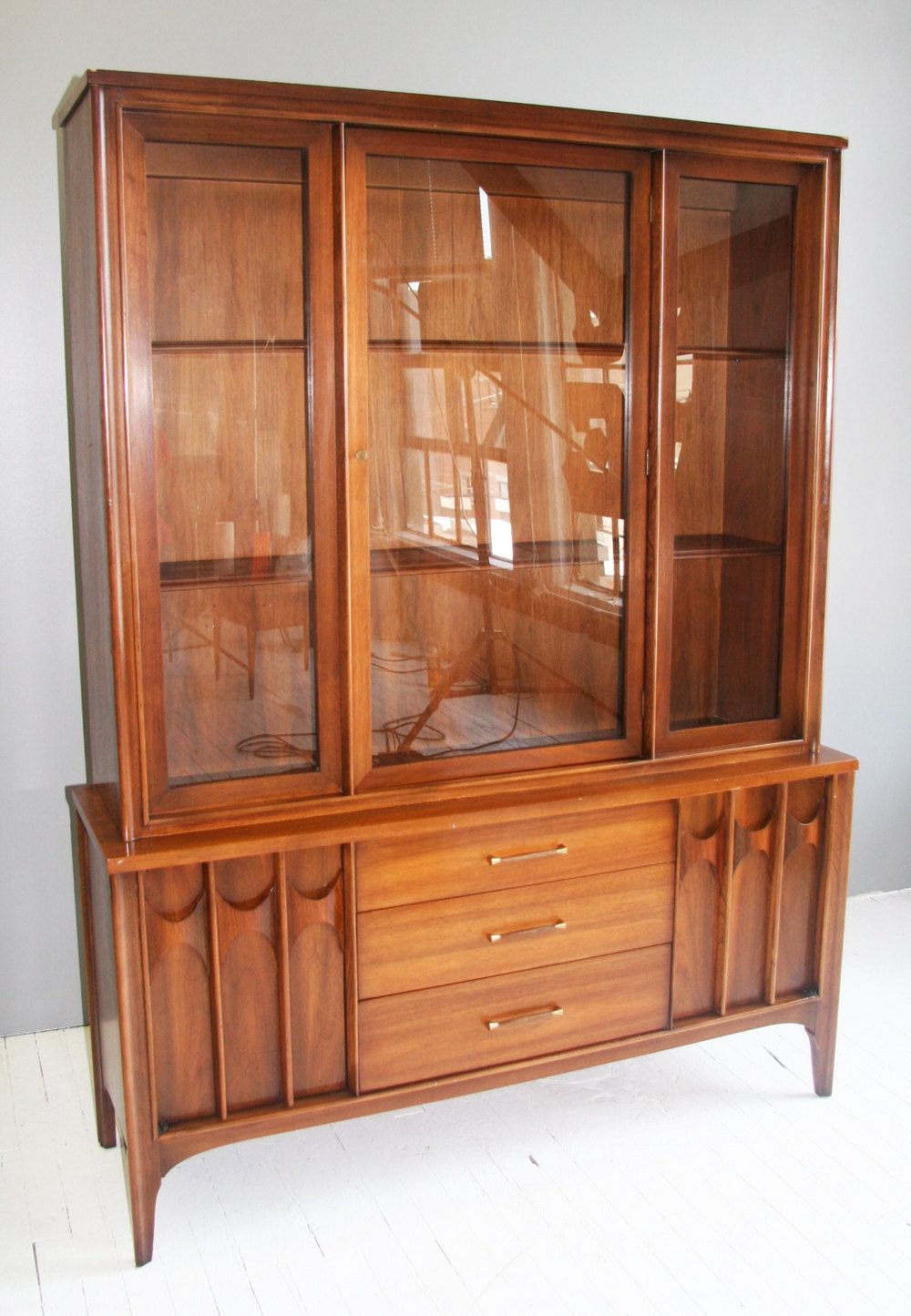 High Quality Kent Coffey Mid Century Modern China Cabinet.