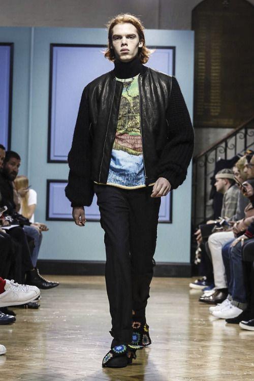 J.W. Anderson FW17.  menswear mnswr mens style mens fashion fashion style jwanderson runway
