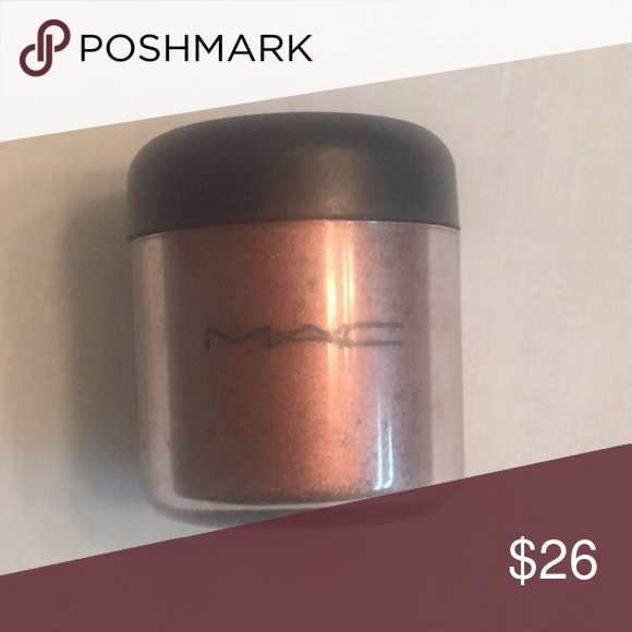 MAC Pigment in Copperbeam MAC Copperbeam in the large size. This size is no longer sold. Just swatched! #mac #pigment #copperbeam MAC Cosmetics Makeup