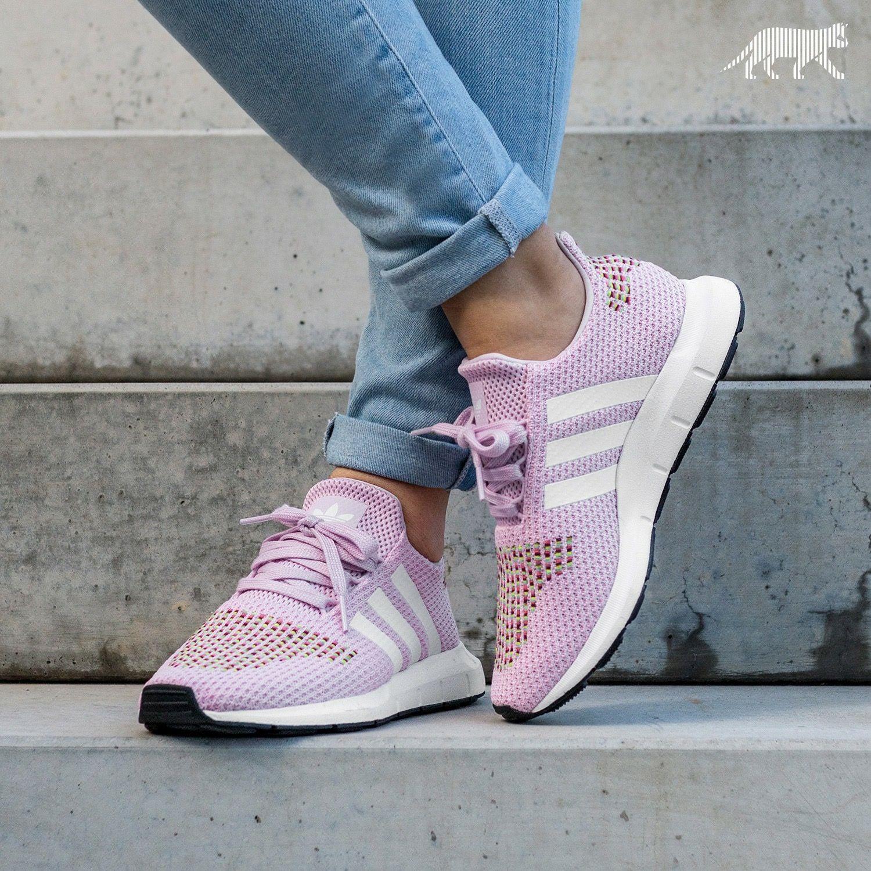 adidas Originals Swift Run | Fetish :') en 2019 | Zapatos