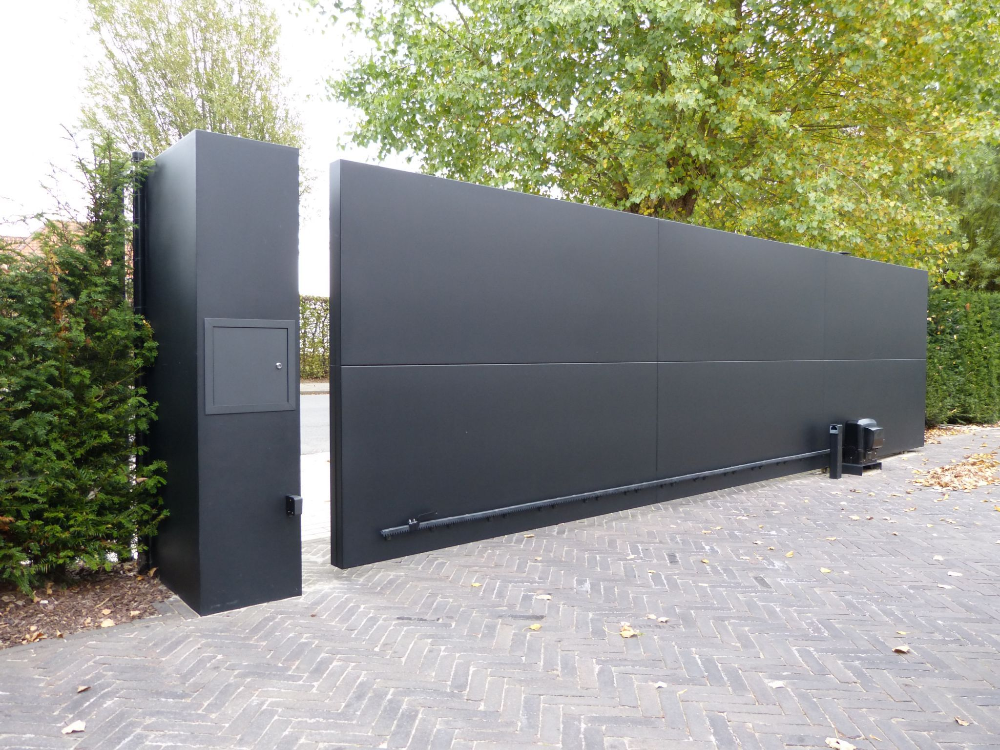 Metalen poort google zoeken fence pinterest - Porton de garaje ...