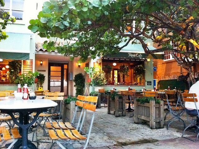 News Cafe Miami Beach South Beach Miami Miami Beach Restaurants Miami Beach