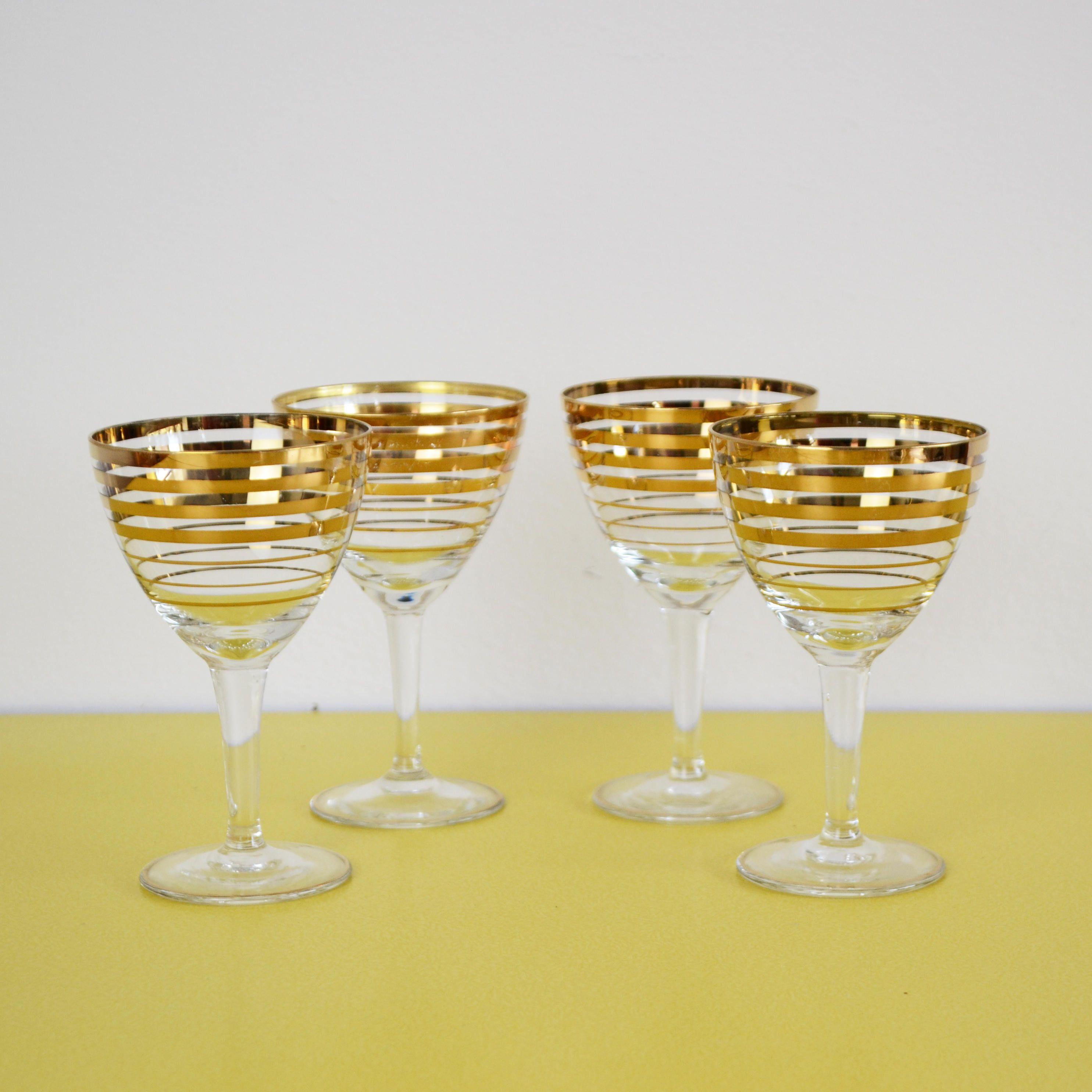 711306f02bb Vintage Gold Wine Glasses
