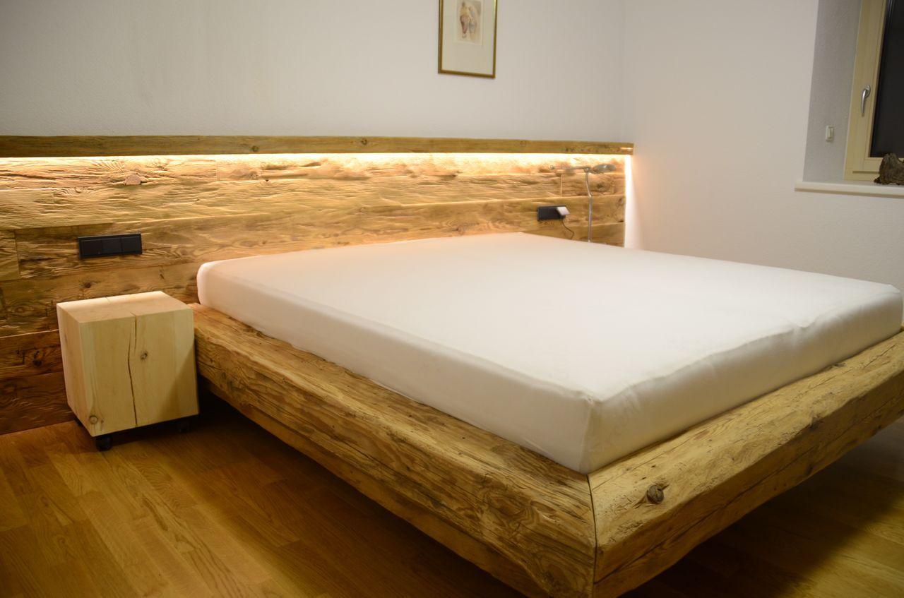 zirbenbett modern GoogleSuche Altholz schlafzimmer