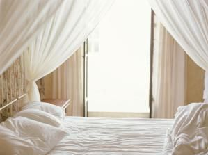 Snuggle Up With The 5 Best Types Of Bed Sheets Smooth Soft
