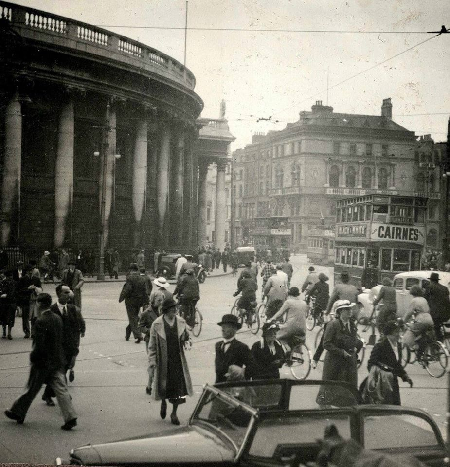 View from front of Trinity College looking towards Bank of Ireland and diwn towards Westmoreland Street, Dublin Ireland History, Dublin, Vintage Ireland, Images Of Ireland, County Dublin, Eire, Dublin Street, Ireland Travel, Old London