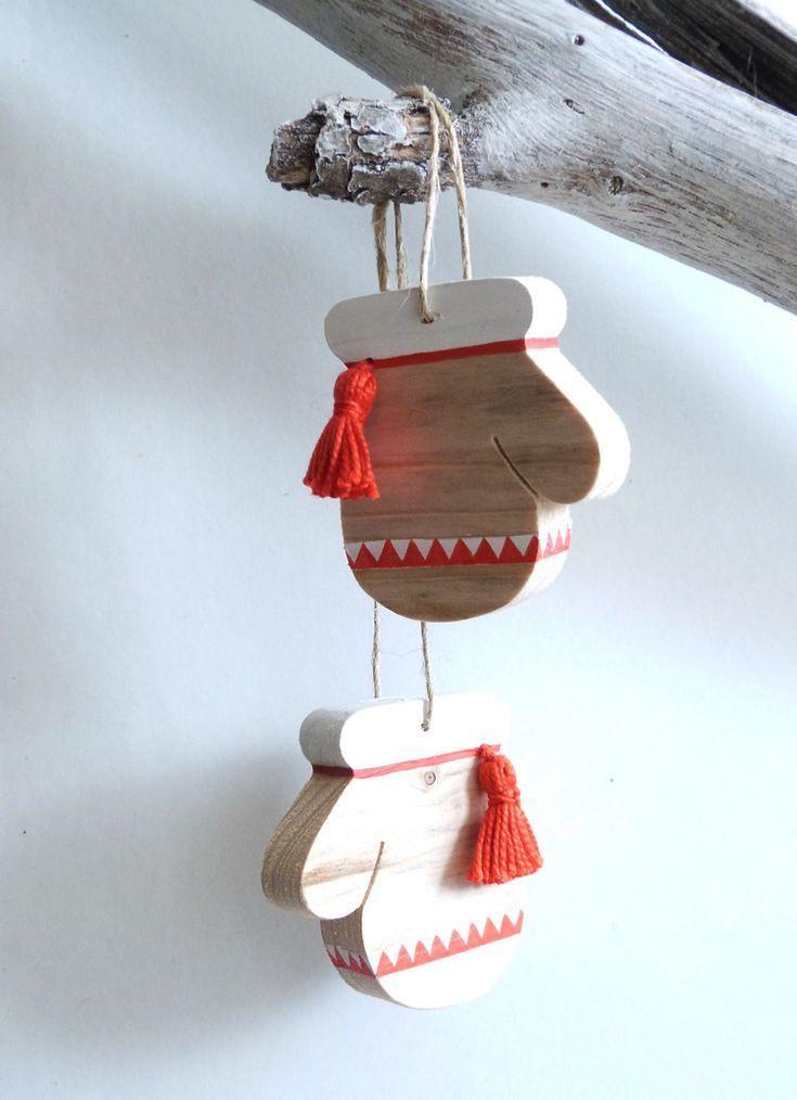 Dekoration Fäustlinge des Weihnachtsmannes in Holz , #dekoration #faustlinge #weihnachtsmannes #holzdekoration