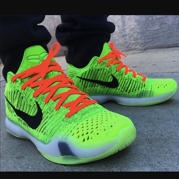huge selection of 5d00e ea473 Kobe 10 elite low grinch Brand new never worn !! Limited edition Nike Shoes  Sneakers