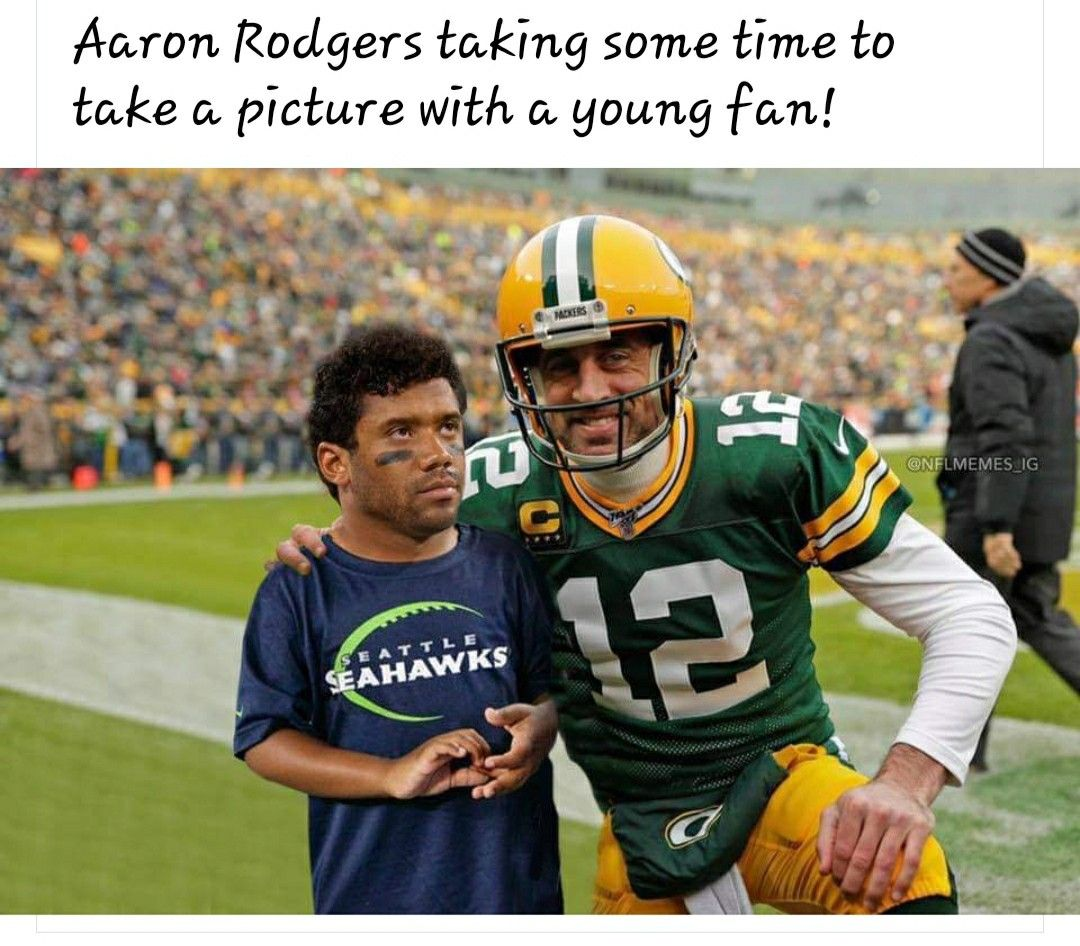 Pin By Patricia Spengler On Green Bay Packers In 2020 Nfl Memes Football Helmets Green Bay Packers