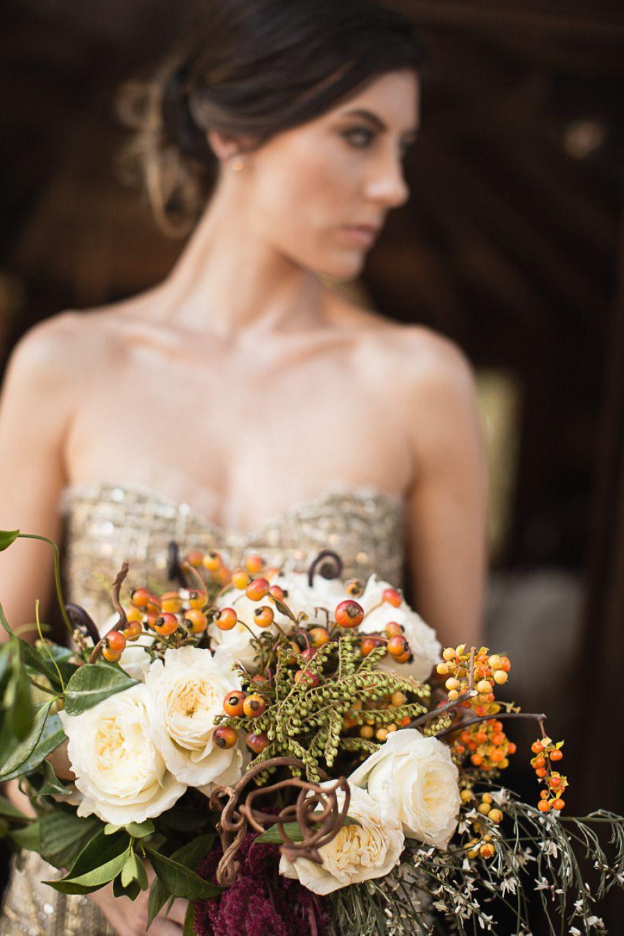 mariage un joli bouquet de mari e d 39 automne weddings pinterest bouquet mari e bouquet. Black Bedroom Furniture Sets. Home Design Ideas