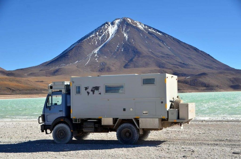 Der Mercedes 1017 A Als Reisemobil Offroad CamperRv