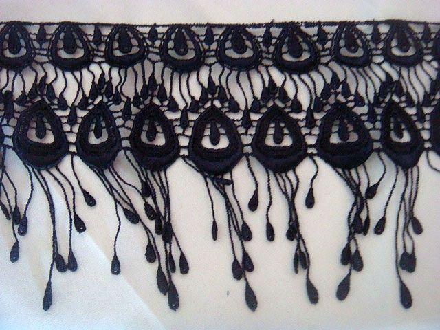 Venice Venise fringe lace trim (5 1/2 inch length) for our crepe de chine silk robe 14-16mm
