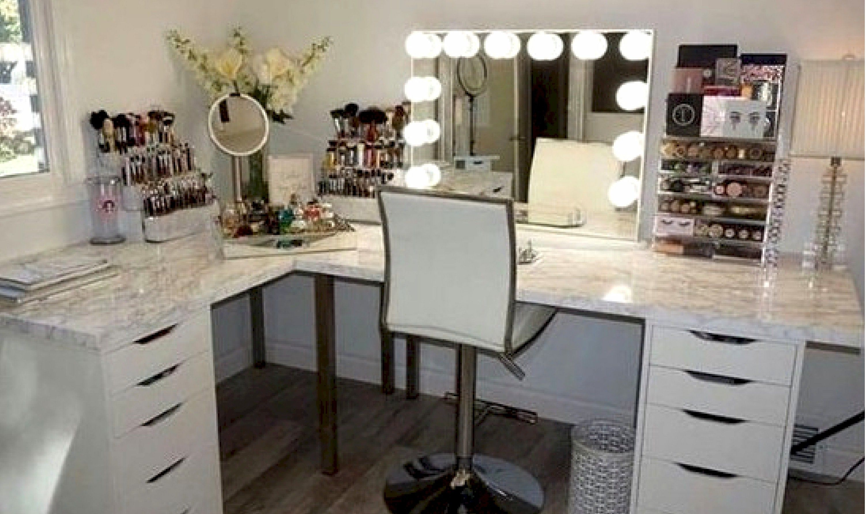 Click For New Makeup And All Things Beauty In Beauty Room Tips