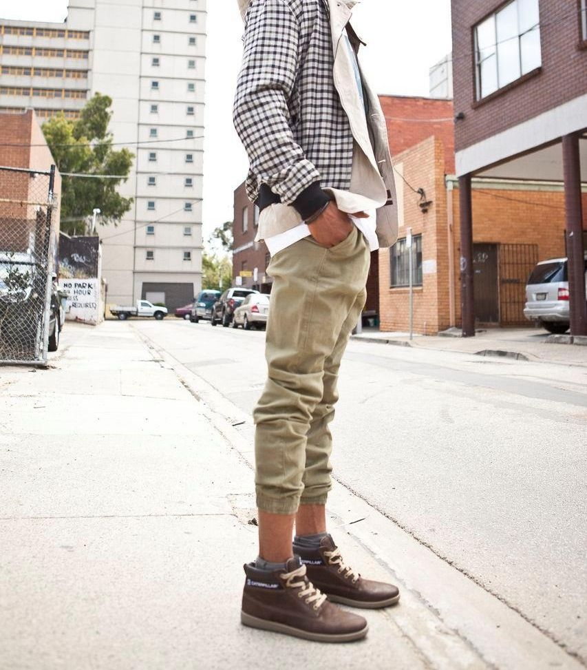 Excellent Heather Gray Nubu Sweaters Black Combat Boots Caterpillar Boots | U0026quot;WEARING A STATEMENT SWEATER ...