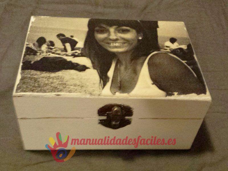 Como decorar una caja de madera cajas pinterest decoupage crafts and decor - Cajitas de madera para decorar ...