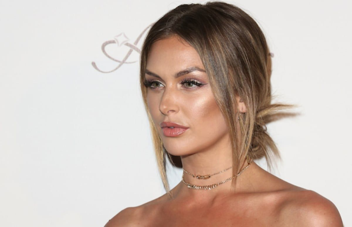 50 Cent Makes Lala Kent S Fiance S Texts To Him Public Randall