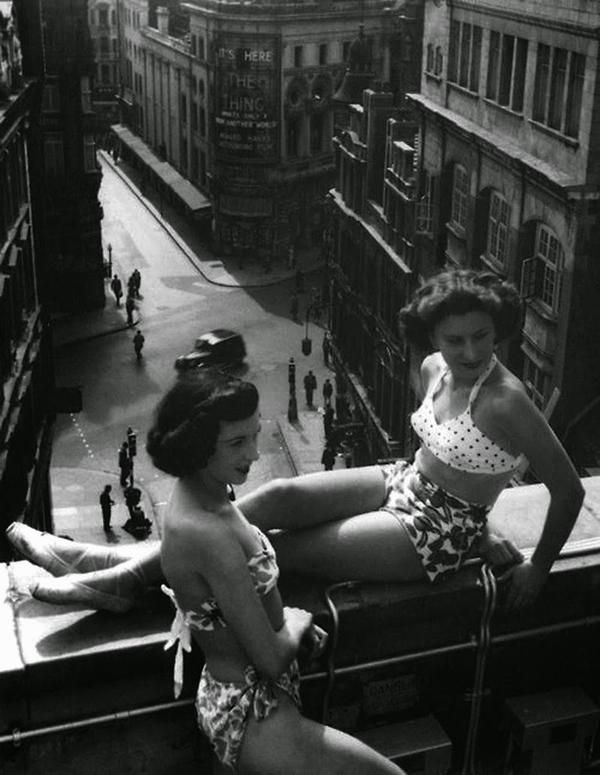 Piccadilly Rooftop, London (ca.1953)