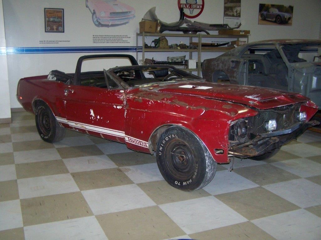 rebuildable muscle cars re wrecked muscle cars crashed cars pinterest cars image. Black Bedroom Furniture Sets. Home Design Ideas