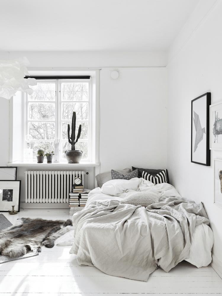 11 Minimalist Bedroom Design Will Improve Your Sleep Quality - Gray-bedroom-minimalist