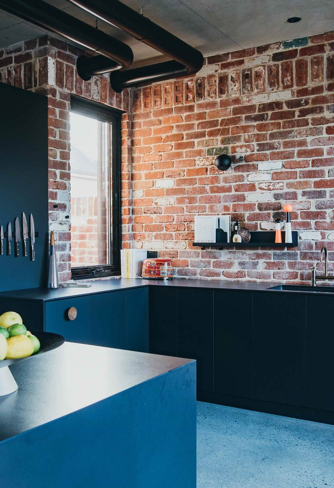 An Industrial Style New Brick House In Perth Industrial Style Kitchen Cottage Kitchen Design Kitchen Design