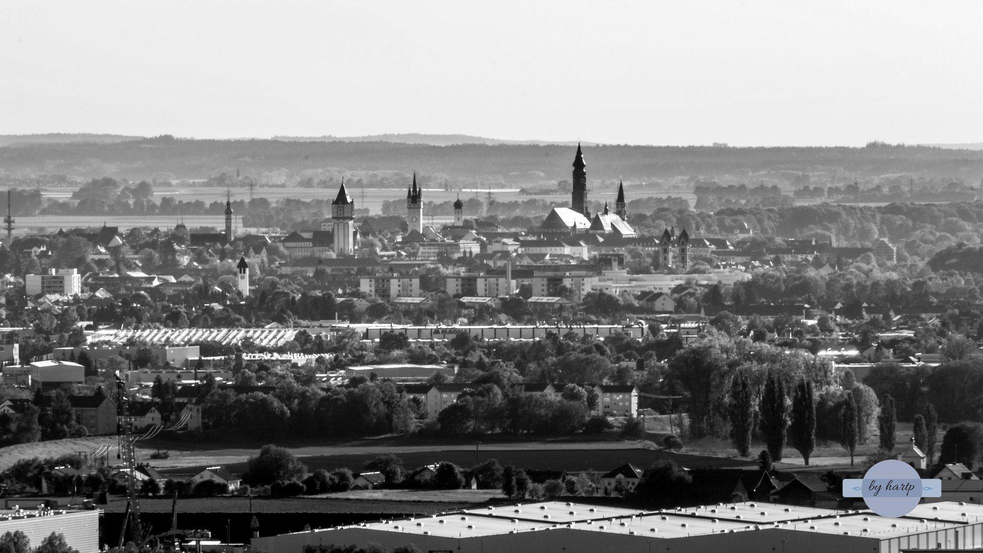 Graustufen Die Skyline Von Straubing In Schwarzweiss The Skyline Of Straubing In Black And White Graustufen Skyline Schwarz Weiss