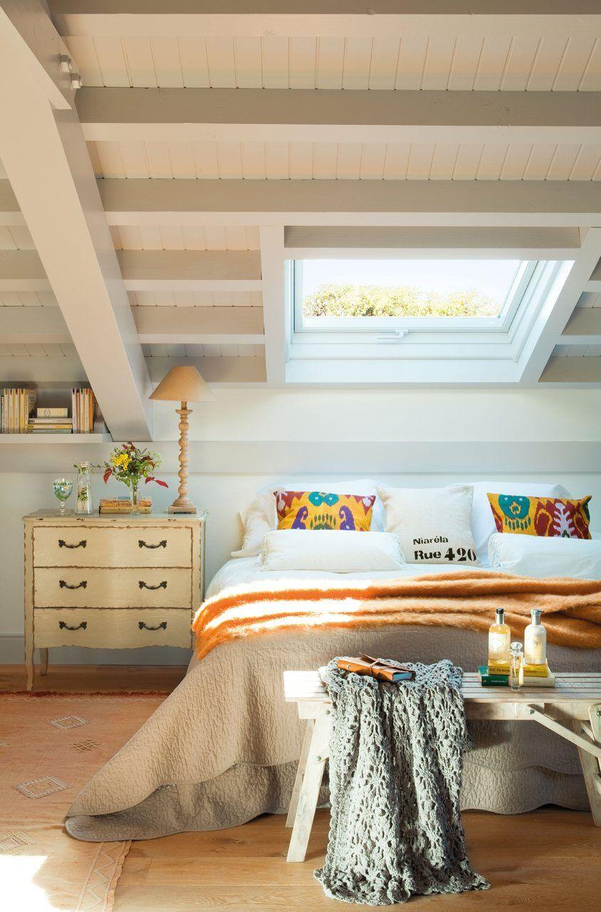 Dormir Bajo Las Estrellas Uno De Los Encantos De Las Buhardillas  # Muebles Para Buardillas