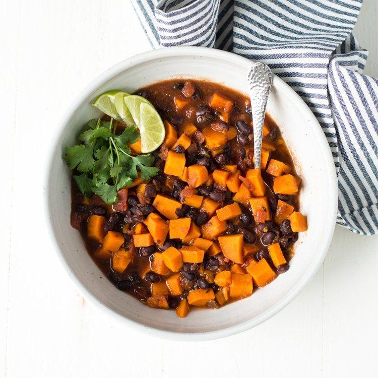 5ingredient black bean sweet potato chili slow cooker