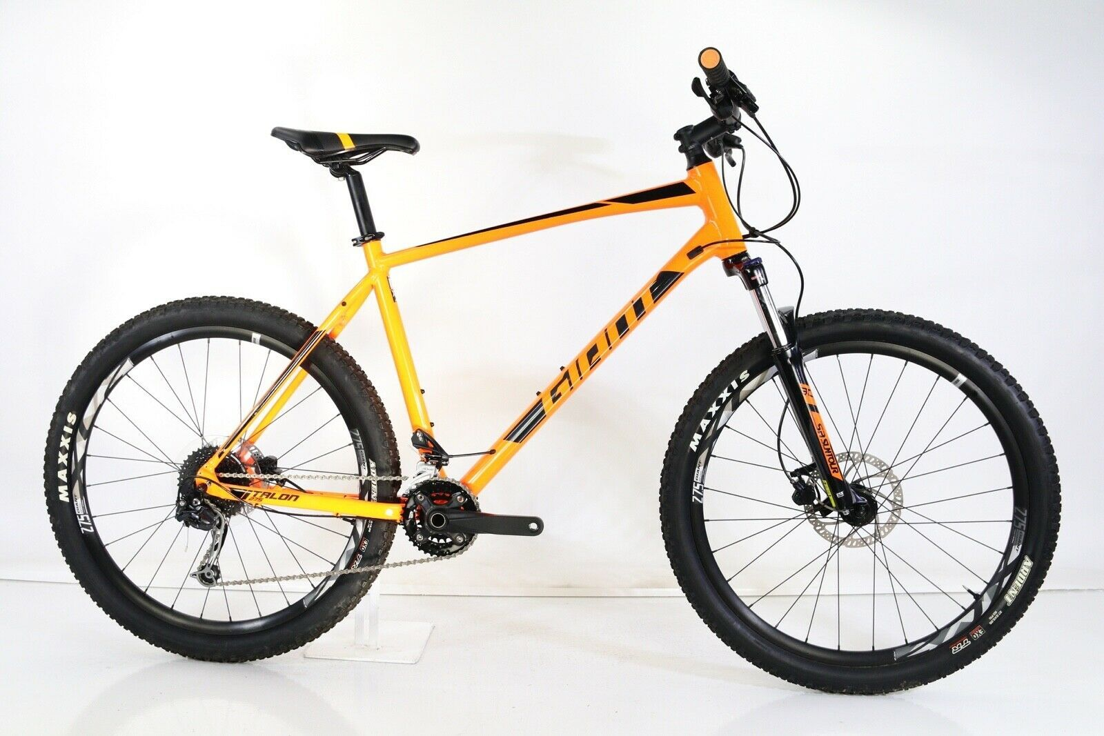 2019 Giant Talon 2 Size Xl Mountain Bike Ideas Of Mountain