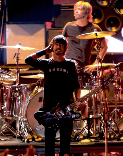 Hey look I see my inspiration in this pic :))))) Dave Grohl
