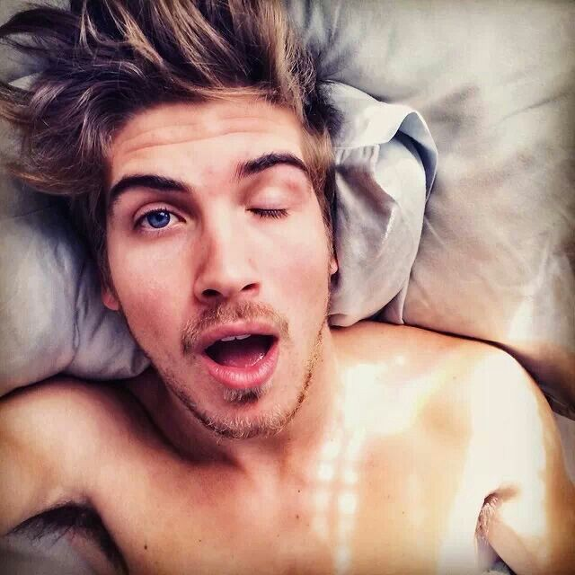 Half body is sleeping :) | Joey Graceffa!! (>‿◠)✌ | Joey