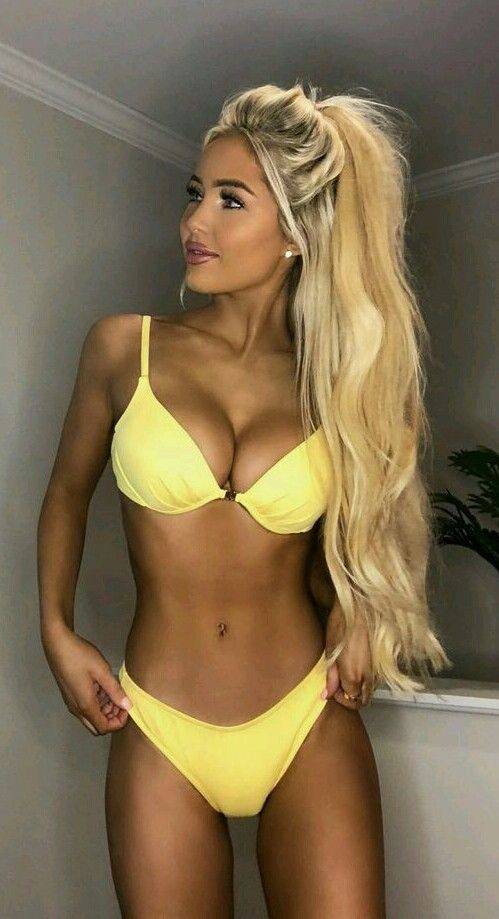 Katerina Rose Katerina Rozmajzl In 2019 Bikini Girls