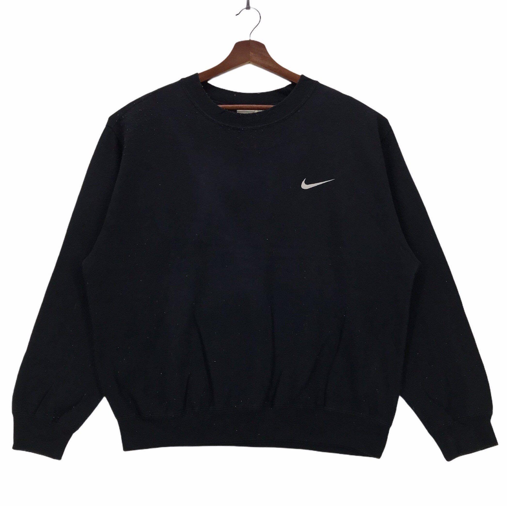 Vintage 90s Nike Crewneck Sweatshirt Embroidery Small Logo Etsy In 2021 Nike Crewneck Nike Crewneck Sweatshirt Sweatshirts [ 2089 x 2092 Pixel ]