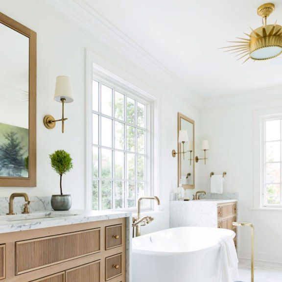 BECKI OWENS- Bathroom Trend Warm Wood Vanities - ideen für badezimmer fliesen