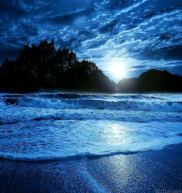 Blue Beach , Beach Night