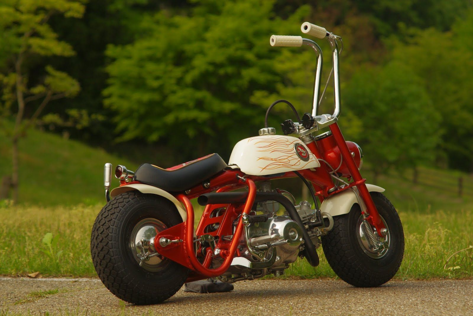 honda mini trail bikes motorcycles scooter bmx. Black Bedroom Furniture Sets. Home Design Ideas